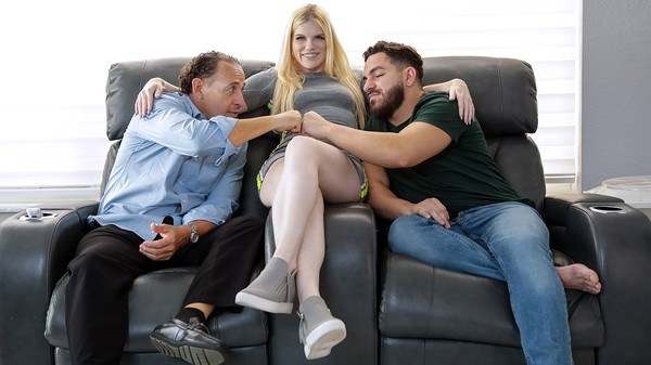 Nikki Sweet welcomes new stepbrother with a fucking